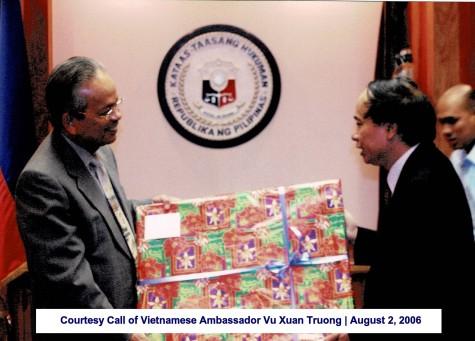 Courtesy Call of Vietnamese Ambassador Vu Xuan Truong August 2, 2006