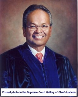 formal-photo-found-in-the-supreme-court-gallery-of-chief-justices