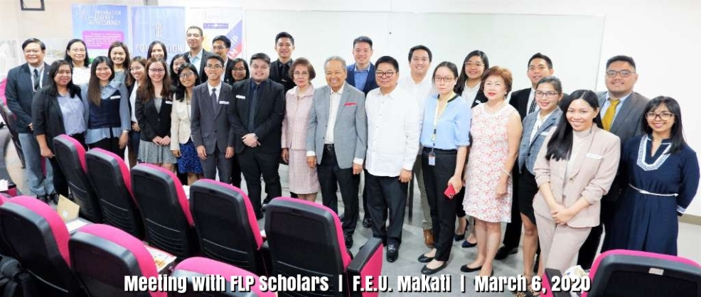 Meeting with Scholars (2)